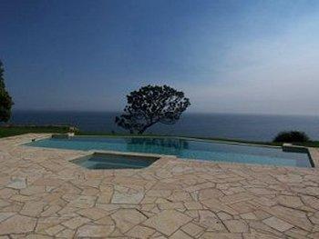 Malibu Estate - Pool